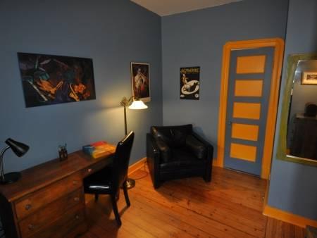 appartement meubl louer. Black Bedroom Furniture Sets. Home Design Ideas