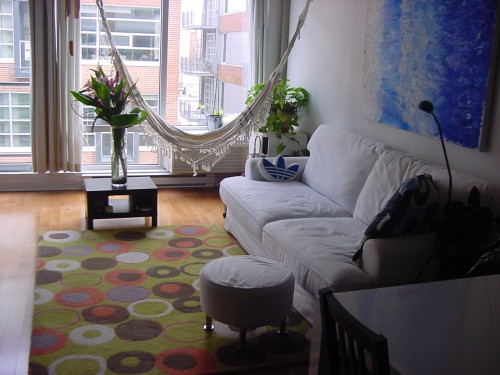 Montr al loft meubl louer entremontrealais for Louer meuble montreal