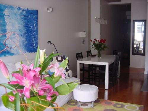 montr al loft meubl louer. Black Bedroom Furniture Sets. Home Design Ideas