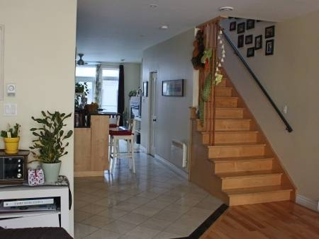location appartement plateau mont royal. Black Bedroom Furniture Sets. Home Design Ideas