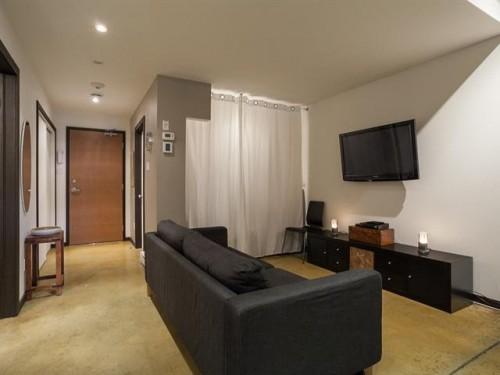 Condo meubl montreal entremontrealais for Meuble 2 go montreal