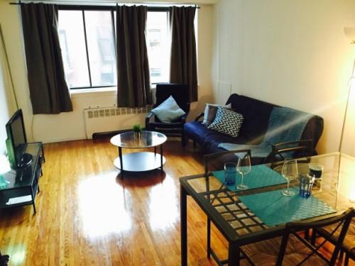Studio meubl louer en plein coeur du centre ville de for Louer meuble montreal